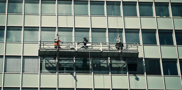 Profesjonalne usługi alpinistyczne dla nieruchomości